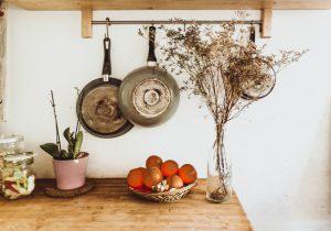 Jak umeblować małą kuchnię w bloku